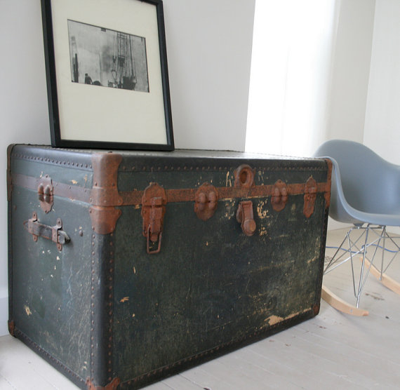 Vintage old school trunk. Shabby chic steamer trunk.