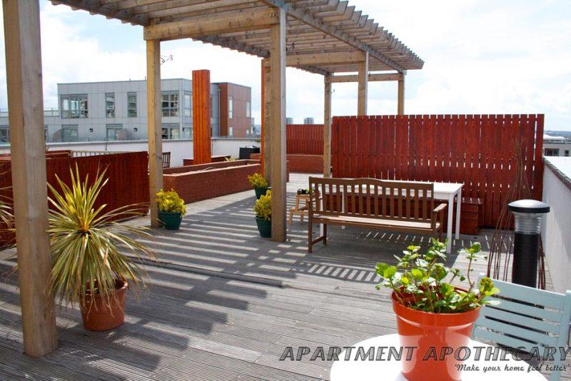 Roof terrace pergola