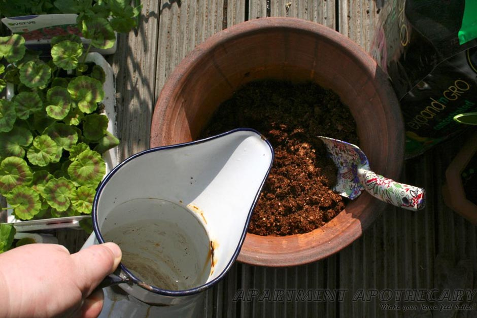 Expandable compost