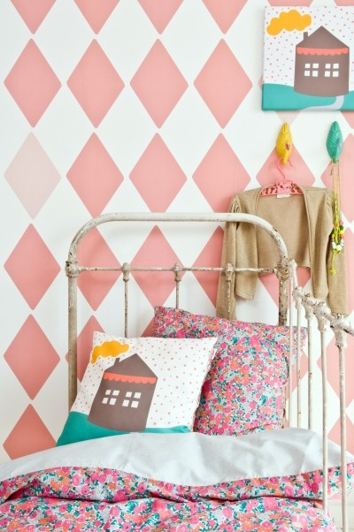 Pink diamond paint effect in child's nursery