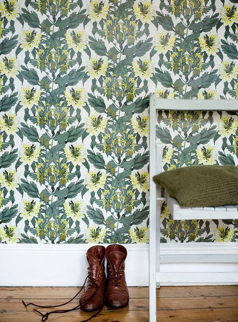 Abigail Borg Lady Green Wallpaper