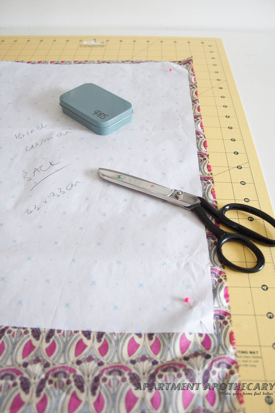 How to make an envelope Liberty cushion
