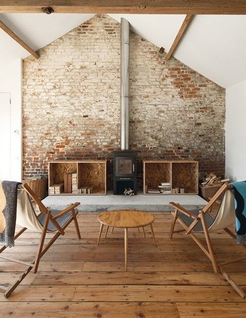 How to choose the right floor: Original wooden floorboards www.apartmentapothecary.com