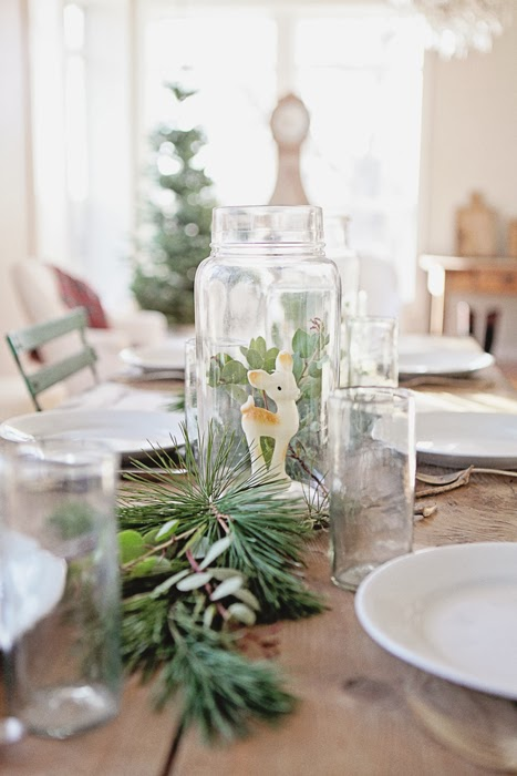 Christmas table ideas www.apartmentapothecary.com