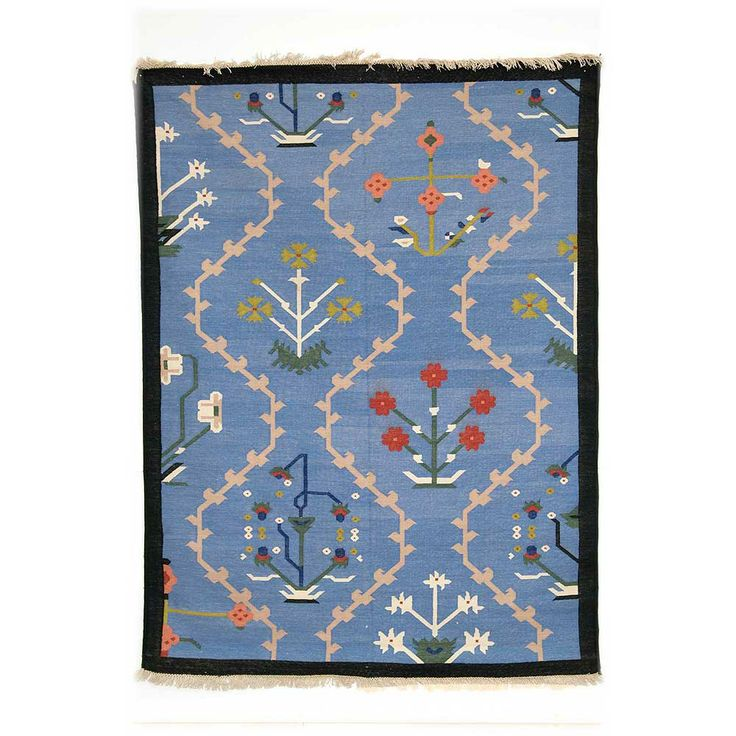 Scandinavian style Dhurrie rug from Mahout Lifestyle www.apartmentapothecary.com