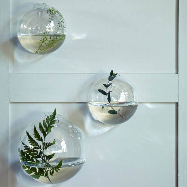 Bubble wall vase from Rowan and wren www.apartmentapothecary.com