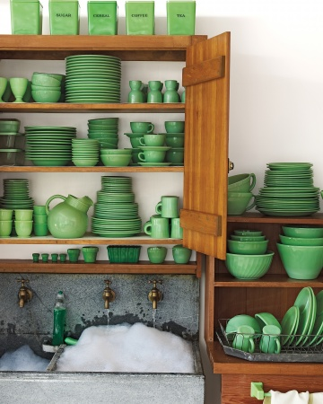 Start a Jadeite collection www.apartmentapothecary.com