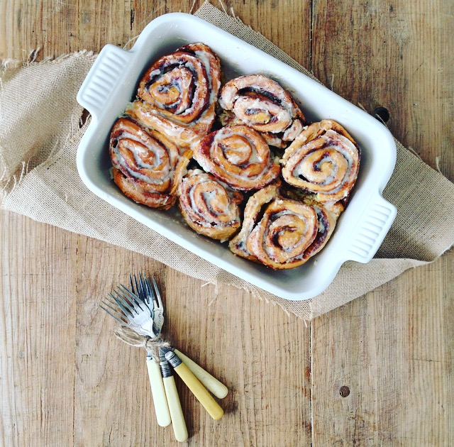 Cotton white Le Creuset from Houseology | Stoneware | Cinnamon buns | Food styling