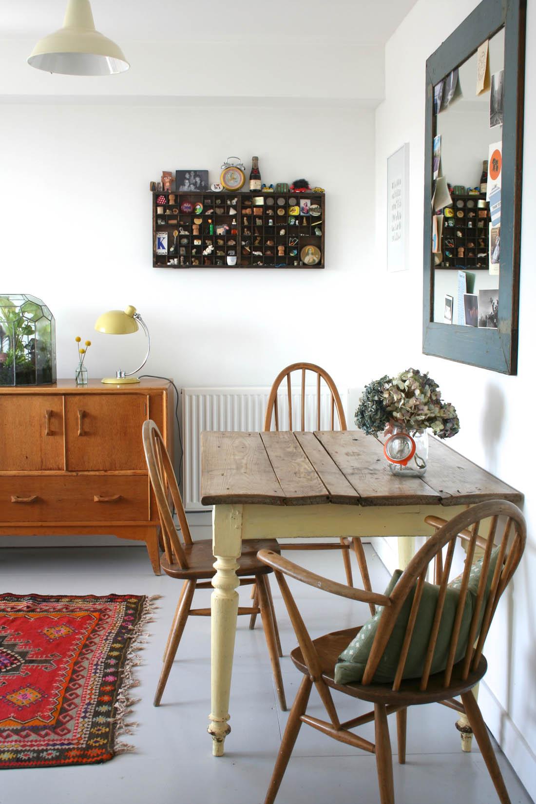 Open plan dining_sitting room