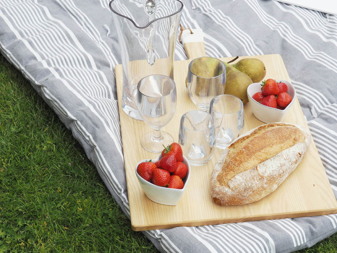 Summer entertaining with The White Company | Apartment Apothecary
