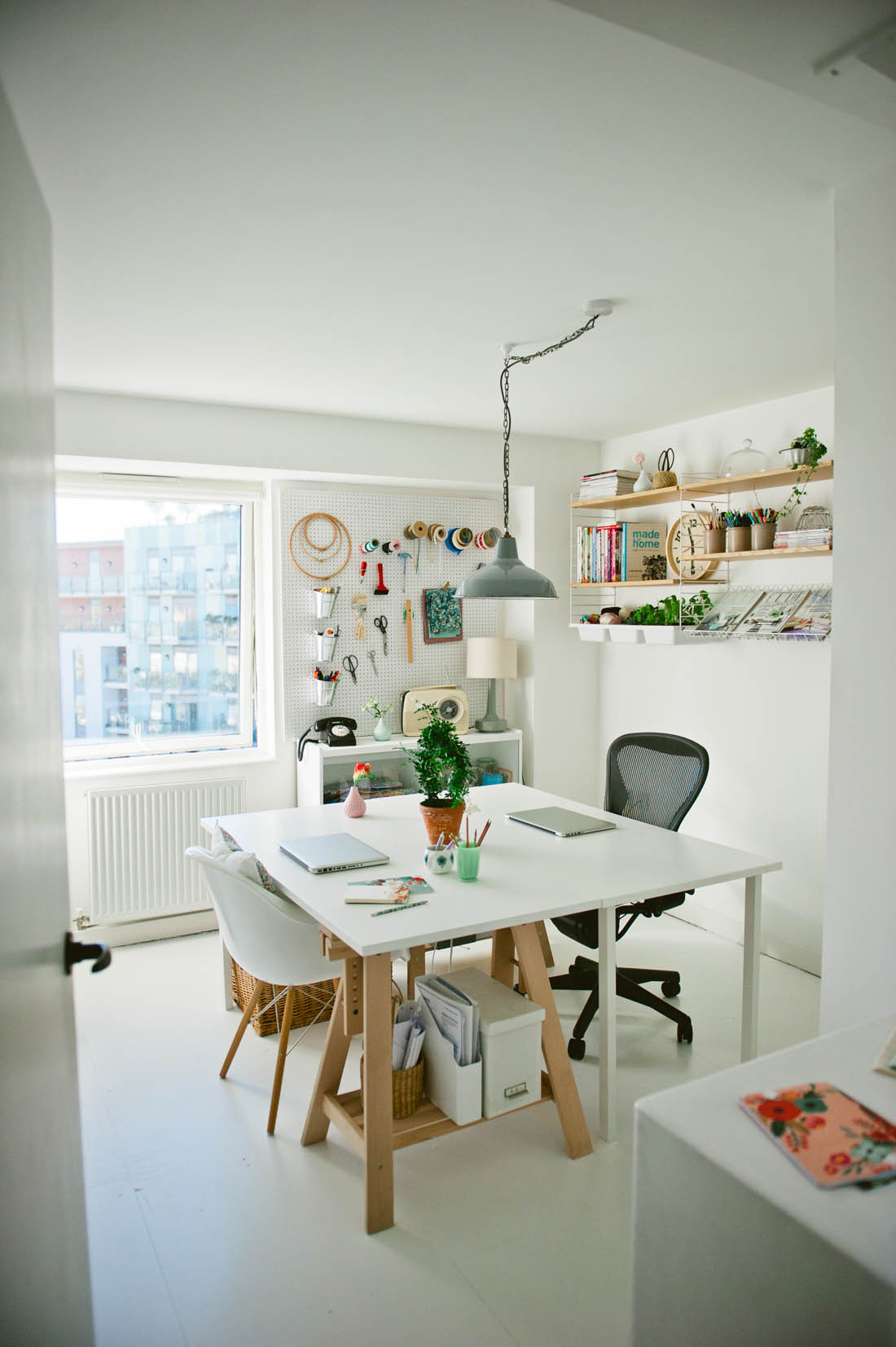 Scandi style work space | DIY home office | Apartment Apothecary