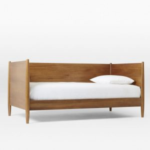 Choosing a daybed | Selection of daybeds | Daybeds for a nursery | Apartment Apothecary