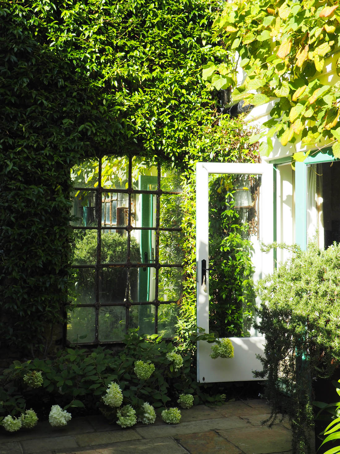 Living etc house tours | French style exterior | Apartment Apothecary
