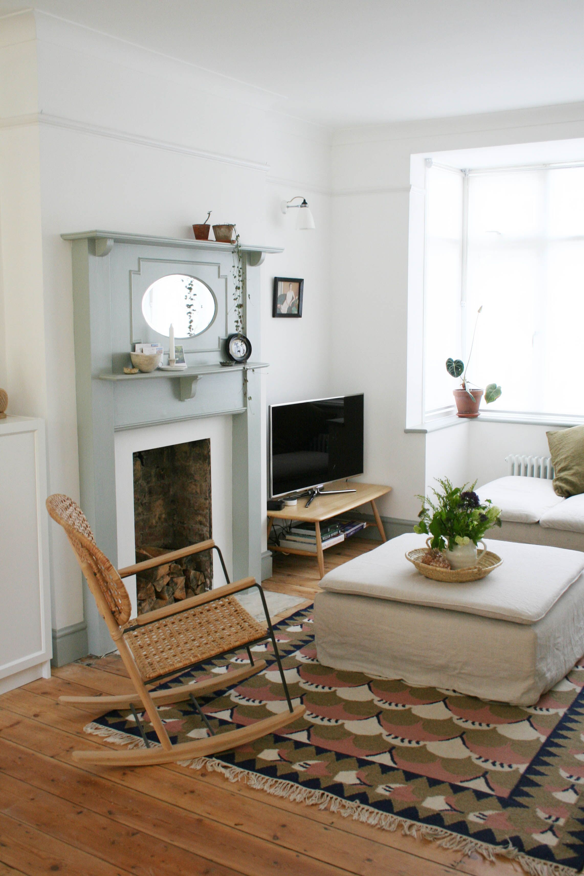 Knocking Down Walls To Create An Open Plan Living Space Apartment Apothecary